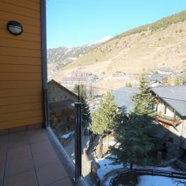 Vistas terraza Apartaments Superior El Tarter Andorra